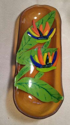 2016 fused glass bird of paradise bowl