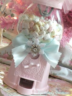 a shabby chic gumball machine! Pink Christmas, Christmas Candy, Baby Shower, Bridal Shower, Girly Girl, Fiestas Party, Gumball Machine, Everything Pink, Pretty Pastel
