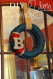 TWIRL: Yarn Wreath