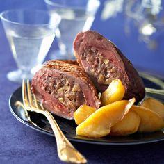 Découvrez la recette Magrets rôtis farcis au foie gras sur cuisineactuelle.fr.