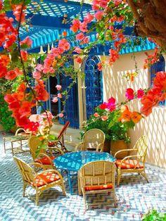 Algumas ideias de reciclagem, customização e muita decoração  linda para deixar a casa cheia de personalidade