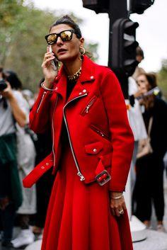 Street Style Paris Fashion Week Primavera Verano 2017 | Galería de fotos 3 de 128 | VOGUE