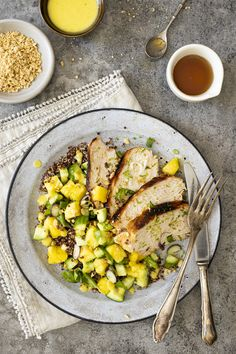 Meat Chickens, Vegetable Recipes, Poultry, Cobb Salad, Main Dishes, Salsa, Bbq, Clean Eating, Healthy Recipes