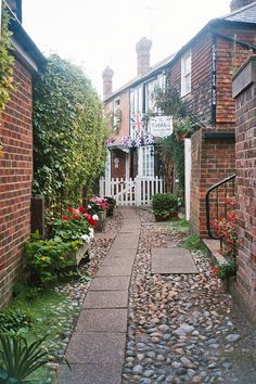 ~ The Cobbles Tea Room ~ Rye, East Sussex ~ England ~