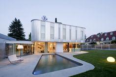 Amazing Modern House by Caramel Architects