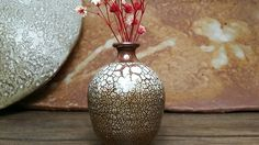 공방에서 만든 도자기미니꽃병입니다 향기나는 작은꽃으로 장식해보세요 ~^^