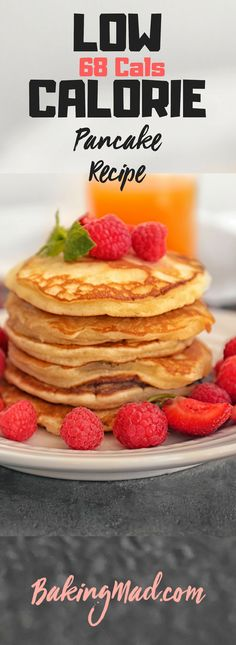This low calorie pancake recipe makes light fluffy pancakes, each containing approximately 68 calories. Treat yourself! This low calorie pancake recipe makes light fluffy pancakes, each containing approximately 68 calories. Treat yourself! Healthy Low Calorie Meals, Low Calorie Dinners, No Calorie Foods, Low Calorie Recipes, Diet Recipes, Low Calorie Waffle Recipe, Low Calorie Snacks Sweet, Low Calorie Baking, Low Calorie Desserts