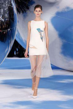 Christian Dior, Lady Dior, Couture Fashion, Runway Fashion, Woman Fashion, Paris Fashion, Fashion Tape, Fashion Outfits, White Silk Dress