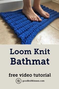 Needlework Projects - Make a Loom Knit Bathmat out of t-shirt yarn.This free video tutorial by GoodKnit Kisses uses the triple rib stitch on a long loom so there's no purling. Round Loom Knitting, Loom Knitting Stitches, Bamboo Knitting Needles, Knifty Knitter, Loom Knitting Projects, Yarn Projects, Knitting Yarn, Knitting Tutorials, Free Knitting