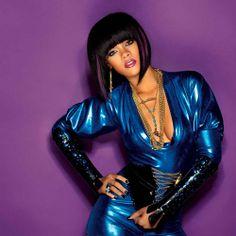 Rihanna wears a blue sexy outfit Beautiful Gorgeous, Gorgeous Women, Short Long Bob, Vibe Magazine, Long Bob Hairstyles, Rihanna Fenty, Celebs, Celebrities, Sexy Outfits