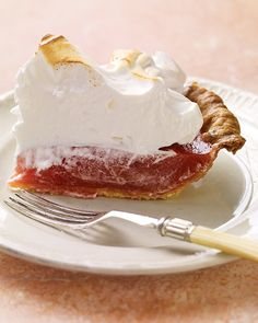 """Rhubarb Meringue Pie"" -- Better than lemon? We think so, the classic meringue pie is certainly prettier when made with a rhubarb curd. Beaux Desserts, Just Desserts, Delicious Desserts, Yummy Food, Rhubarb Meringue Pie, Rhubarb Curd, Red Rhubarb, Meringue Food, Pie Recipes"