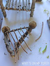 Fairy House - How to Make Amazing Fairy Furniture Twig Crafts, Fairy Crafts, Garden Crafts, Garden Ideas, Garden Projects, Twig Furniture, Fairy Garden Furniture, Doll Furniture, Diy Fairy Door