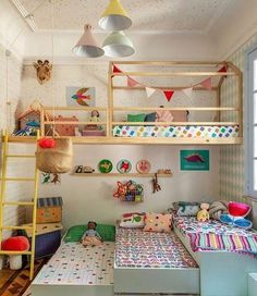 35 Fascinating Shared Kids Room Design Ideas - Planning a kid's bedroom design can be a lot of fun. It can also be a daunting task as you tackle the issue of storage and making things easy to clean. Girl Room, Girls Bedroom, Bedroom Decor, Bedroom Ideas, Triplets Bedroom, Bedroom Fun, Room Boys, Boy Bedrooms, Wall Decor