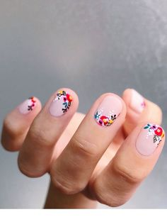 Nail art is one of many ways to boost your style. Try something different for each of your nails will surprise you. You do not have to use acrylic nail designs to have nail art on them. Here are several nail art ideas you need in spring! Flower Nail Designs, Best Nail Art Designs, Nail Designs Spring, Awesome Designs, Simple Nail Art Designs, Cute Spring Nails, Spring Nail Art, Summer Nails, Spring Art