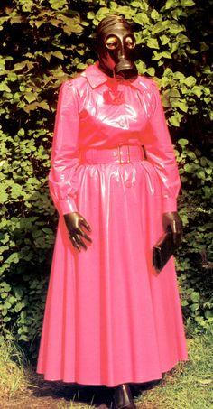 Gwen outside in pink mac