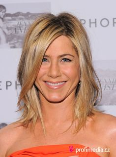 jennifer aniston | Promi-Frisur zum Ausprobieren - Jennifer Aniston - Jennifer Aniston