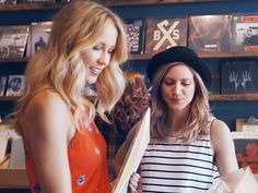 Brittany Snow and Anna Camp- Crazy Youngsters Anna Kendrick Pitch Perfect, Pitch Perfect 2, Camping Brittany, Brittany Snow, Ester Dean, Anna Camp, Hd Movies Online, People Of The World, Dance Moms