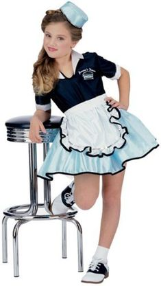 Halloween costumes for teen girls and tween girls. Here is a list 9 cute, cool and inexpensive Halloween outfit ideas, suitable for tweens and teens.