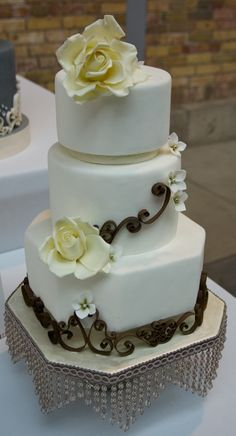 Honeymoon & Destination Wedding planning.  Become our FAN on Facebook: https://www.facebook.com/AAHsf  The Cake Show by Redpath Sugar, via Flickr