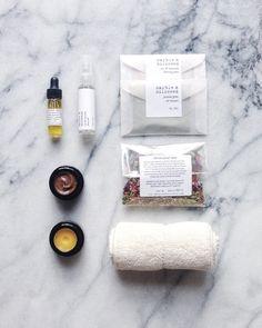 Marble & Milkweed   mini facial kit 2016.jpg