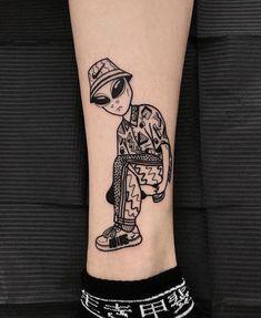 Dope Tattoos, Mini Tattoos, Leg Tattoos, Body Art Tattoos, Tattoos For Guys, Sleeve Tattoos, Gamer Tattoos, Female Tattoos, Flower Tattoos