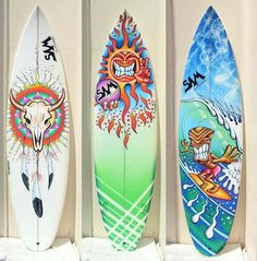 Sharpie decorated surf boards - I love the one with the cattle skull especially. Surfboard Painting, Surfboard Art, Skateboard Art, Surf Design, Tenacious D, Tiki Art, Sharpie Art, Arte Horror, Posca