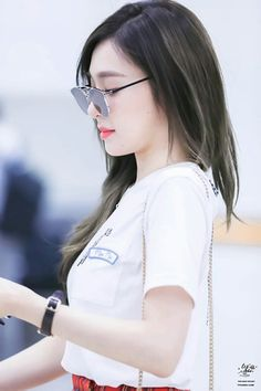 cccfb33f9fc2  Tiffany at Gimpo Airport Snsd Airport Fashion