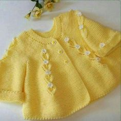 2019 Neu Modell This Pin was discovered by öme , Knitted Baby Cardigan, Knit Baby Sweaters, Baby Pullover, Knitted Baby Clothes, Knitting For Kids, Baby Knitting Patterns, Knitting Socks, Knitting Designs, Baby Patterns