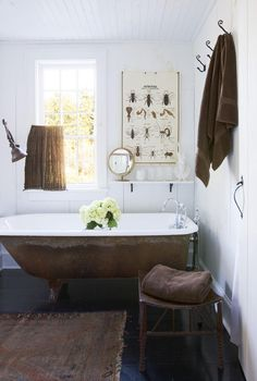 Easy Ways To Love Your Home; Farmhouse Bathroom Decor Ideas As far as home-improvement projects go, it's not the scale of the changes that you make. Eclectic Bathroom, Chic Bathrooms, Bathroom Styling, Bathroom Interior, Earthy Bathroom, White Bathroom, Modern Bathroom, Masculine Bathroom, Neutral Bathroom
