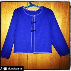 DoneByAna.blogspot.com: Traje de baserritarra. Jubón (Chaqueta) Patterns, Sweatshirts, Sweaters, Fashion, Dads, Jackets, Blue Prints, Clothing, Block Prints