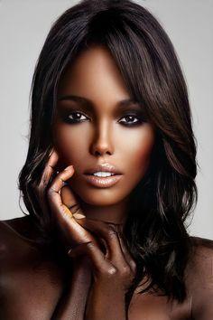 Ebony Beauty, Dark Beauty, Beautiful Lips, Beautiful Black Women, Black Magic Woman, World Most Beautiful Woman, Brunette Beauty, Female Face Drawing, Pretty Eyes