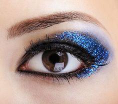 blue glitter cat eye