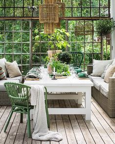 𝐉𝐨𝐡𝐚𝐧𝐧𝐚 𝐅𝐥𝐲𝐜𝐤𝐭 𝐆𝐚𝐬𝐡𝐢 Outdoor Furniture Sets, Outdoor Decor, Cozy Cottage, Countryside, Patio, Places, Garden, Table, Instagram
