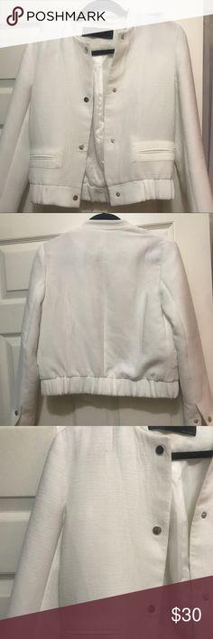 3567252aecdb8 Zara white bomber jacket Zara white bomber jacket with textured fabric Zara  Jackets & Coats