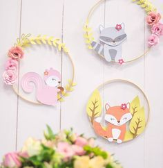 No photo description available. Woodland Baby, Woodland Animals, Diy For Kids, Crafts For Kids, Baby Mobile, Baby Shower, Baby Birthday, Nursery Decor, First Birthdays