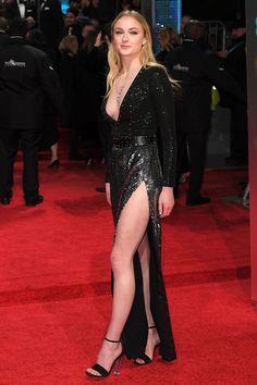 Sophie Turner use Louis Vuitton