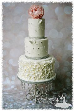 ruffle Cake  - Cake by Julie