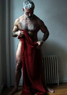 Pure Testosterone / Don't wish, just do it : Anthony Varrecchia Hairy Men, Bearded Men, Anthony Varrecchia, Pug Nose, Awesome Beards, Bear Cubs, Bears, Older Men, Male Form