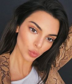 Image about model in Jenner, Kendall by D❁ on We Heart It Khloe Kardashian, Robert Kardashian, Kardashian Kollection, Kris Jenner, Kendall Jenner Make Up, Kendall Jenner Selfie, Kendall Jenner Eyebrows, Kendall Jenner Wallpaper, Kendall Jenner Icons