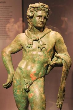 Bronze statuette of Hercules C. BC), National Archaeological Museum of Athens Ancient Greek Sculpture, Ancient Greek Art, Ancient Rome, Ancient Greece, Roman Sculpture, Sculpture Art, Statues, Statue En Bronze, Classical Greece
