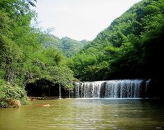 The sound of quiet, clear water, green mountain peaks.Is a good place to preserve one's health!
