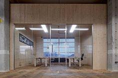 Z bývalé textilky hravé kanceláře | Interiéry | Architektura | www.asb-portal.cz
