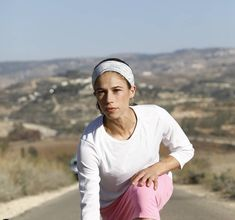 "An Interview with Pro Runner ""Speedy"" Beatie Deutsch - The Mother Runners"