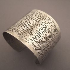 """The women """"Lahu"""", """"Akha"""", and """"Liu""""wear this kind of cuff whose design almost always refers to the world of fish and their fish bones…"""