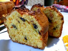 Greek Sweets, Greek Desserts, Chocolate Chip Biscotti Recipe, Olla Gm G, Greek Cake, Lemon Bread, Blueberry Bread, Moist Cakes, Dark Chocolate Chips