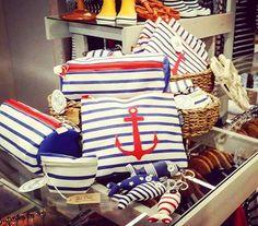Handbags Marine Stripes from BATELA, Anchor, Carla LLimona Shop Summer Decoration, 4th Of July Wreath, Stripes, Handbags, Shopping, Home Decor, Anchors, Clothing, Totes