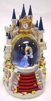 Disney Cinderella Castle Snowglobe