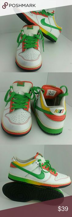 NIKE DUNK LOW 6.0 MEN'S SHOES IN GOOD CONDITION   SKE # AB NIKE  Shoes Athletic Shoes