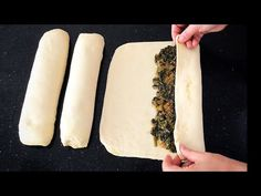 Hand Spinach Spring Rolls Try One Like It Is Legend💯🥰Bera T .- El Açması Ispanaklı Böreği Birde Böyle Deneyin Efsane Oluyor💯🥰Bera T… Try the hand rolled spinach pie like this … - Mexican Pastries, Turkish Recipes, Ethnic Recipes, Cheese Pastry, Spinach Pie, Thai Dessert, Cookery Books, New Cake, Spring Rolls