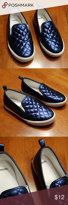 Gymboree blue slip-on tennis shoes 1 Girls blue slip-on Gymboree tennis shoes are size 1. These are in very good used condition. Lots of life left. Gymboree Shoes